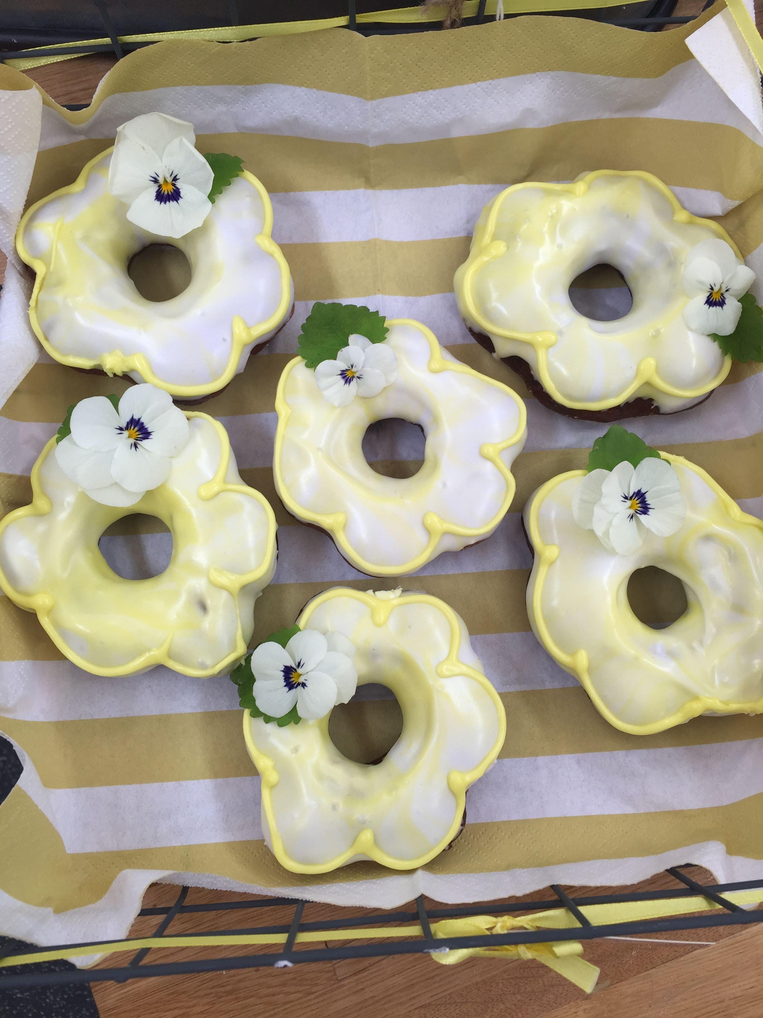Donuts_lemonade