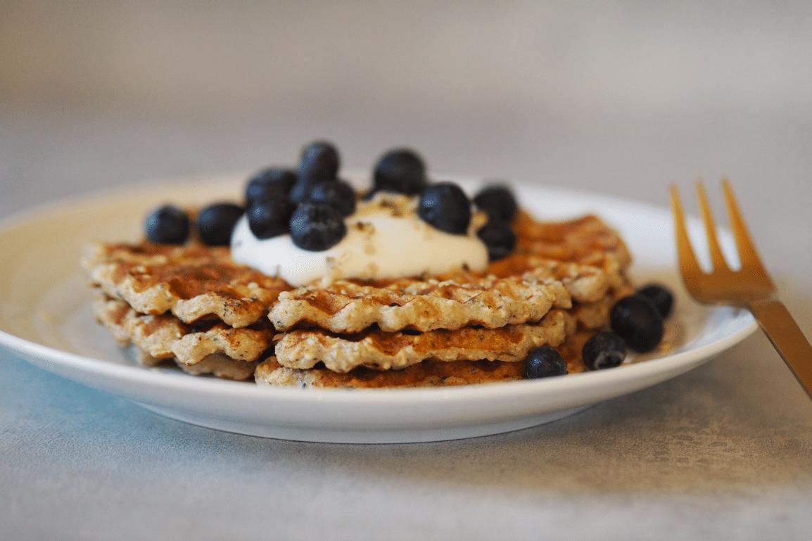 Glutenfri sunde vafler hampefrø morgenmad