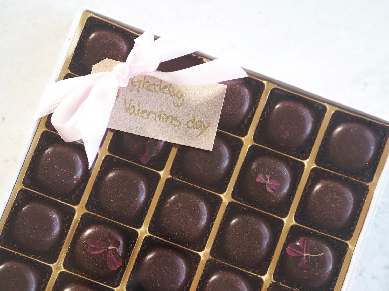 chokoladeæske fyldte chokolder