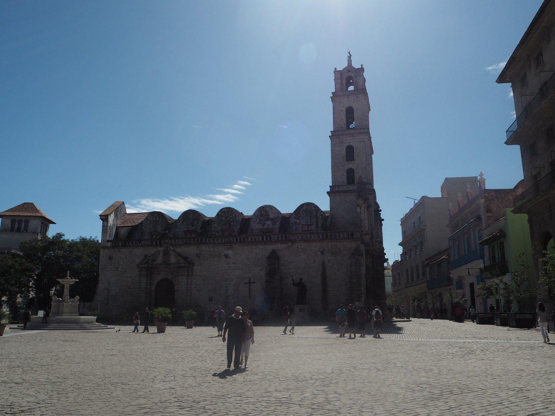 b11-cuba-rejse-havana-kirke