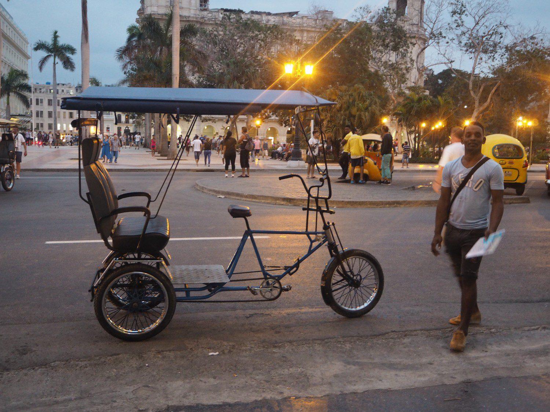 b29-cuba-rejse-havana-cykel