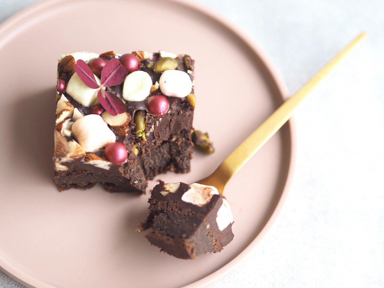 brownie med mørk chokolade